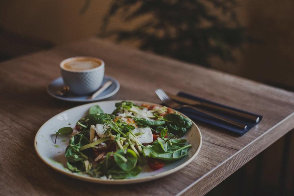 danie obiadowe w restauracji