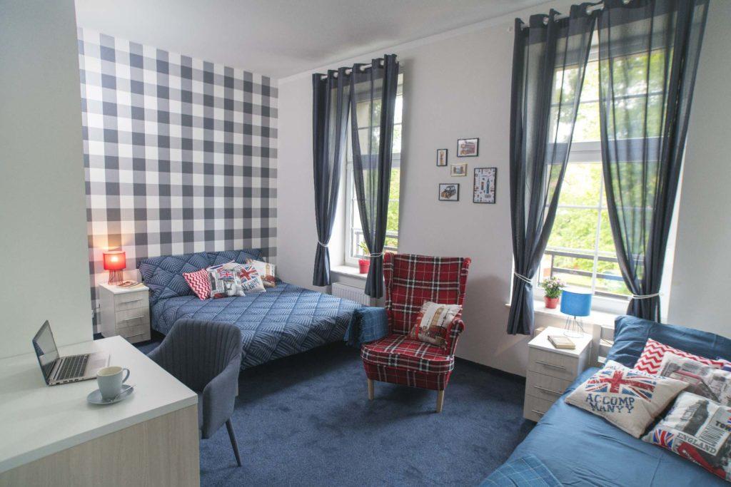 Pokój hotelowy - niebieski